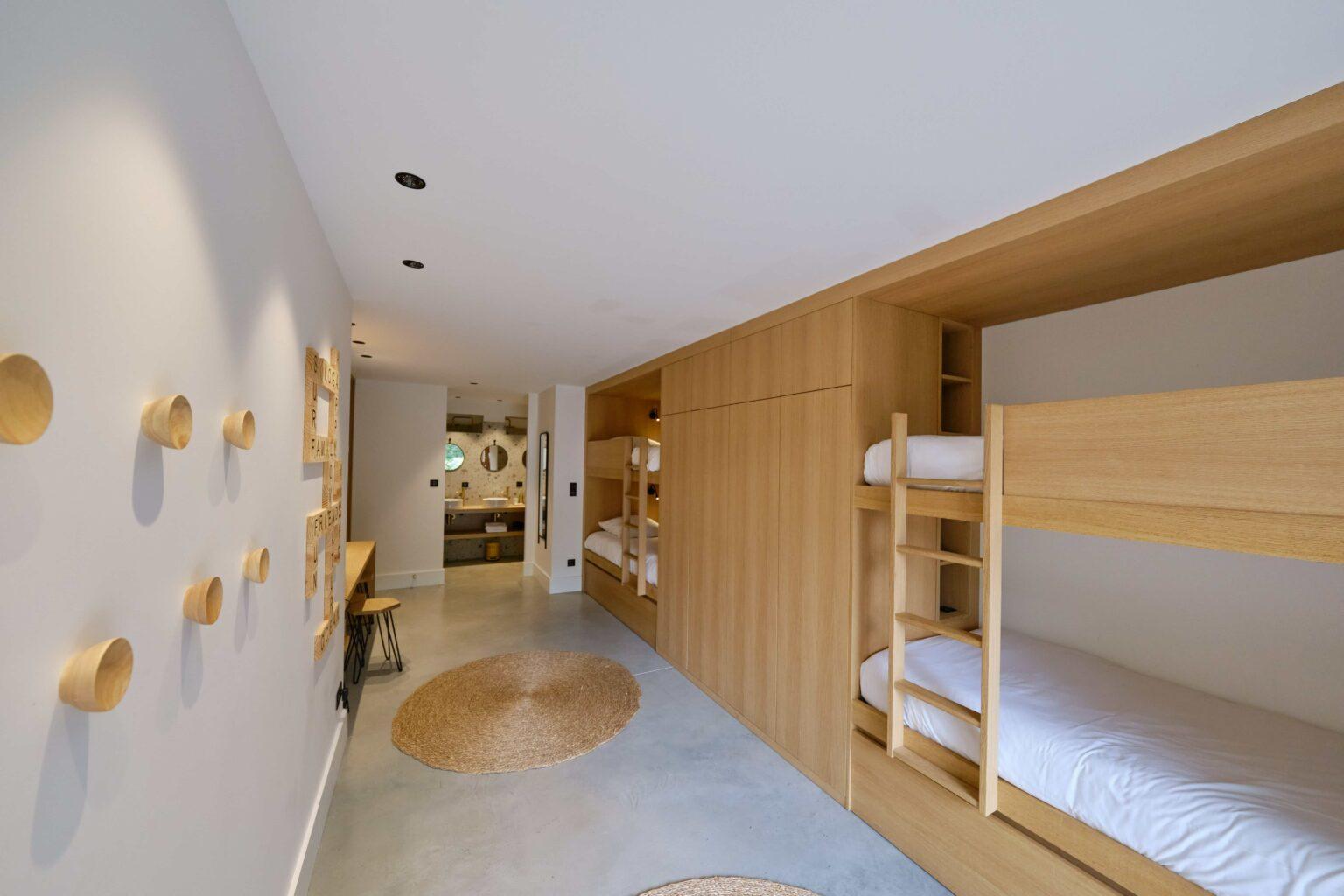Dormitory - Villa Heuguera - Les Maisons Escapia